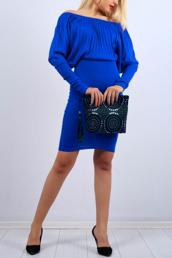 brooke-albastra