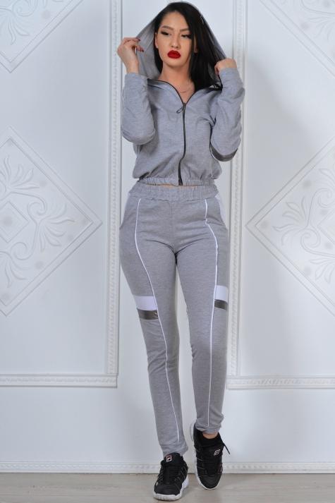 trening format din bluza si pantalon gri cu alb si argintiu semira 3