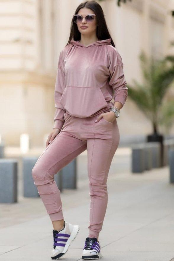 compleu din catifea moale format din bluza cu fermoar pe spate si pantalon sebrina roz 5